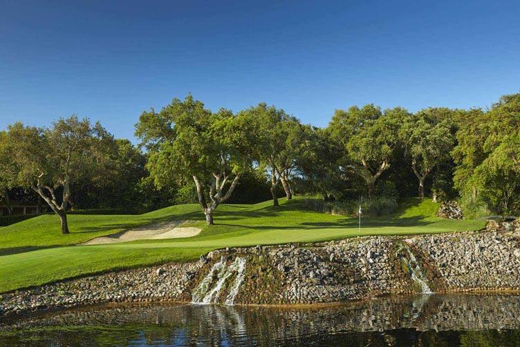 https://golftravelpeople.com/wp-content/uploads/2019/04/Real-Club-Valderrama-13.jpg