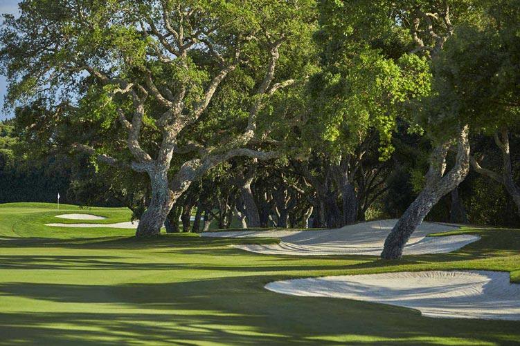 https://golftravelpeople.com/wp-content/uploads/2019/04/Real-Club-Valderrama-14.jpg
