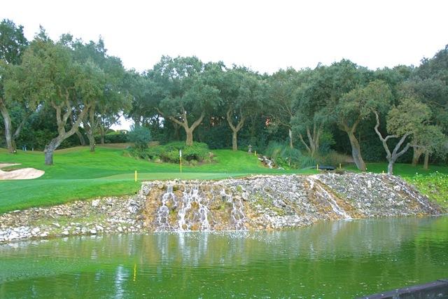 https://golftravelpeople.com/wp-content/uploads/2019/04/Real-Club-Valderrama-5.jpg