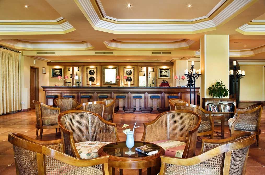 https://golftravelpeople.com/wp-content/uploads/2019/04/Ria-Park-Hotel-Spa-12.jpg