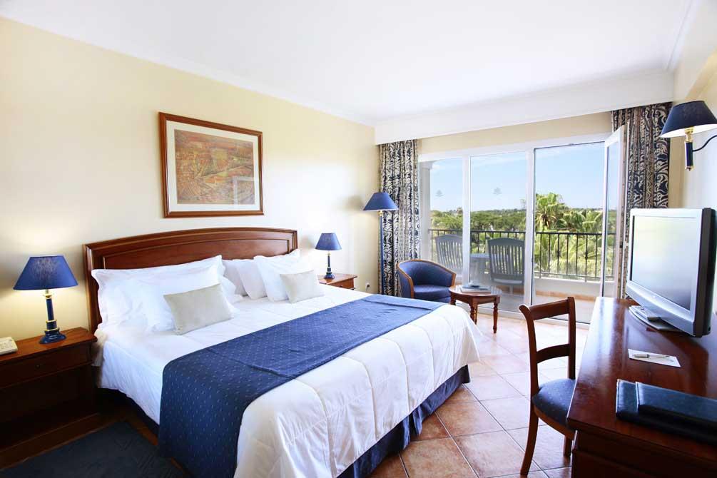 https://golftravelpeople.com/wp-content/uploads/2019/04/Ria-Park-Hotel-Spa-16.jpg
