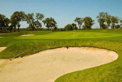 https://golftravelpeople.com/wp-content/uploads/2019/04/Riba-Golfe-1-23-400x267.jpg