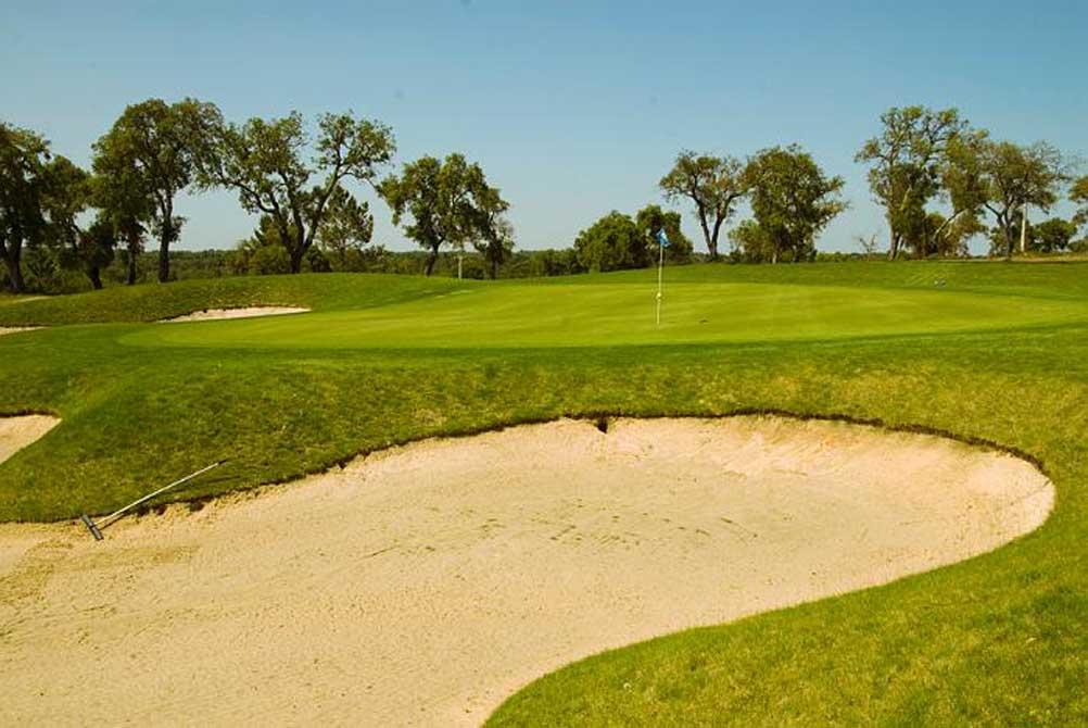https://golftravelpeople.com/wp-content/uploads/2019/04/Riba-Golfe-1-23.jpg