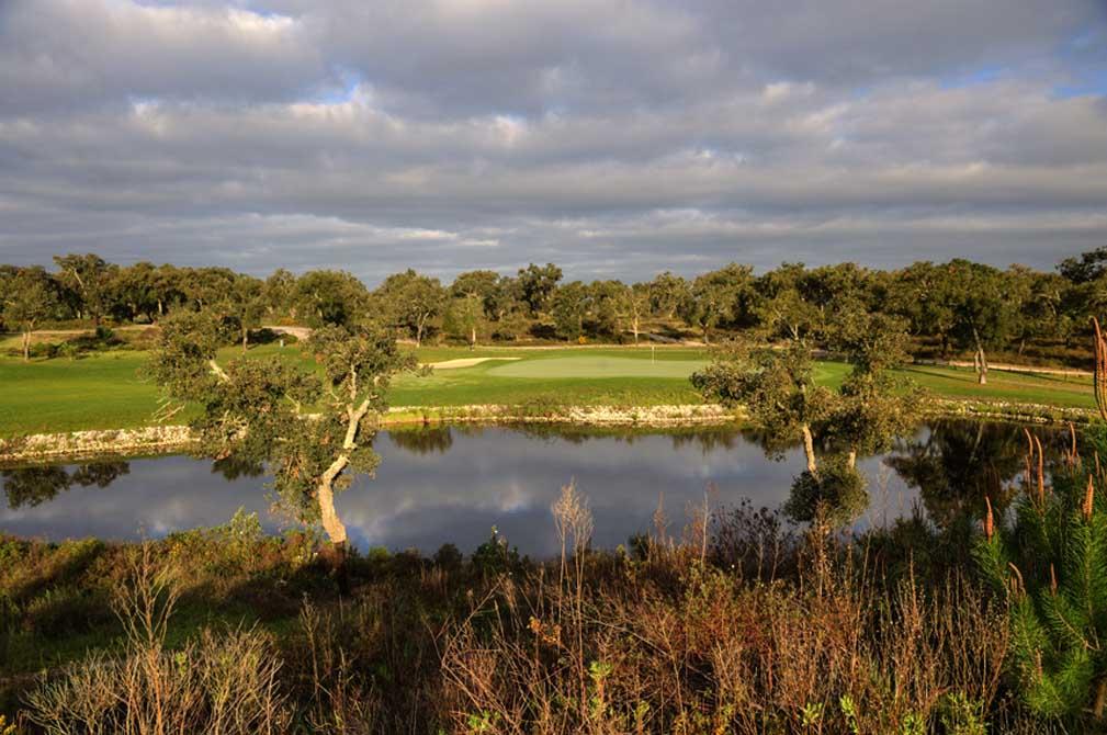 https://golftravelpeople.com/wp-content/uploads/2019/04/Riba-Golfe-1-34.jpg