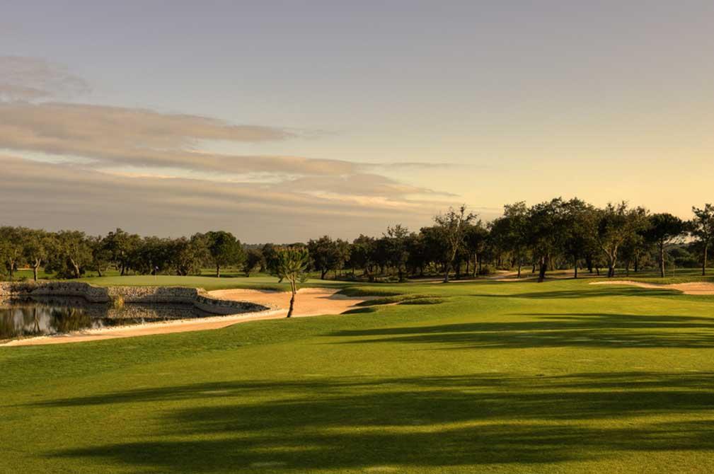 https://golftravelpeople.com/wp-content/uploads/2019/04/Riba-Golfe-1-48.jpg