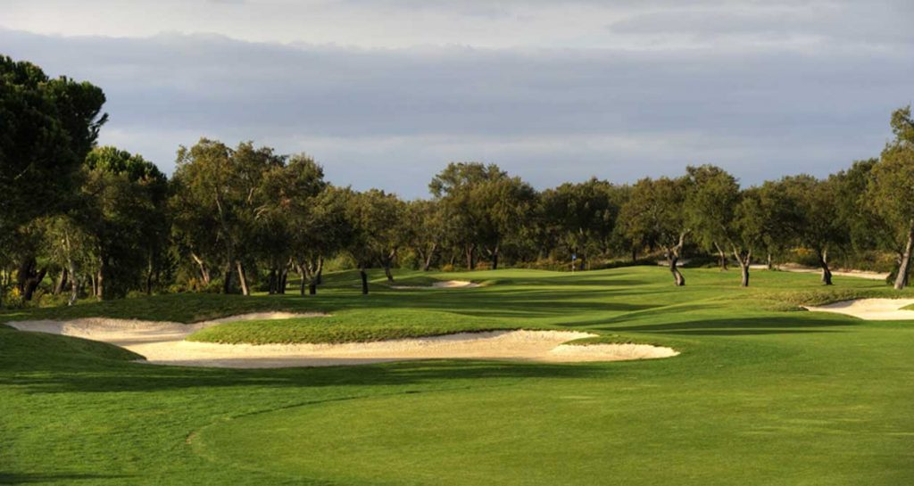 https://golftravelpeople.com/wp-content/uploads/2019/04/Riba-Golfe-1-52-1024x545.jpg
