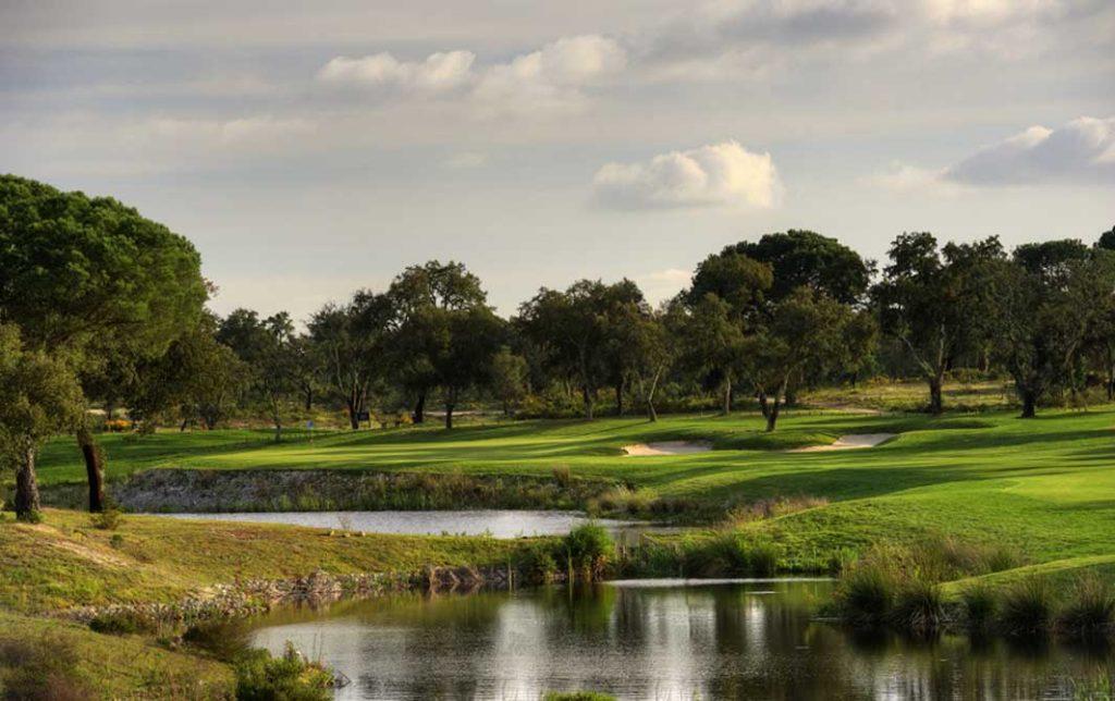 https://golftravelpeople.com/wp-content/uploads/2019/04/Riba-Golfe-1-55-1024x644.jpg