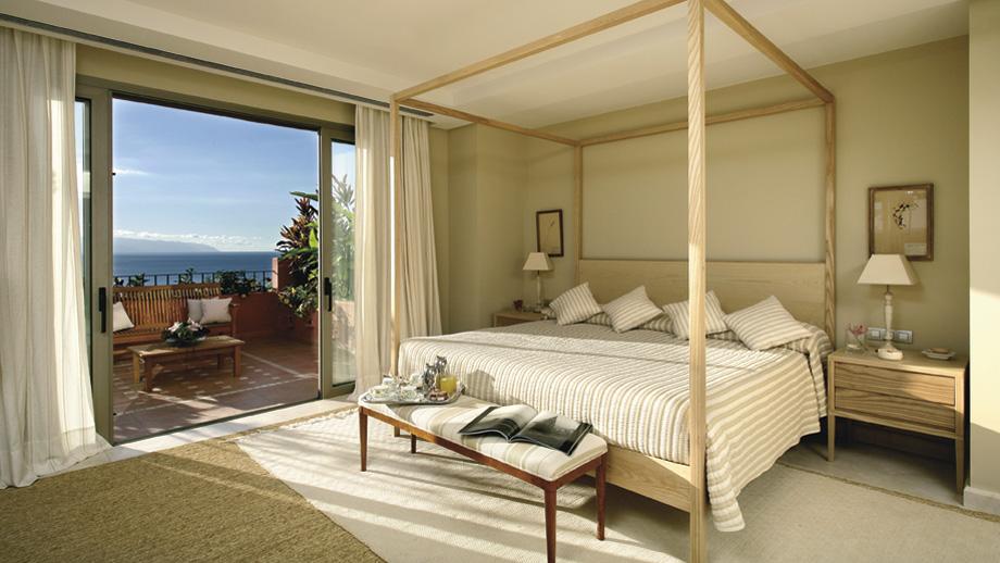 https://golftravelpeople.com/wp-content/uploads/2019/04/Ritz-Carlton-Abama-Tenerife-501.jpg
