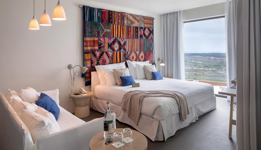 https://golftravelpeople.com/wp-content/uploads/2019/04/Royal-Obidos-Evolutee-Hotel-51-1024x587.jpg