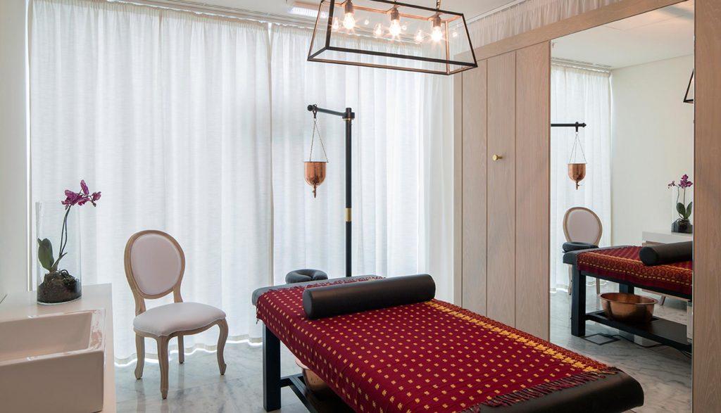 https://golftravelpeople.com/wp-content/uploads/2019/04/Royal-Obidos-Evolutee-Hotel-Elemental-Spa-8-1024x587.jpg
