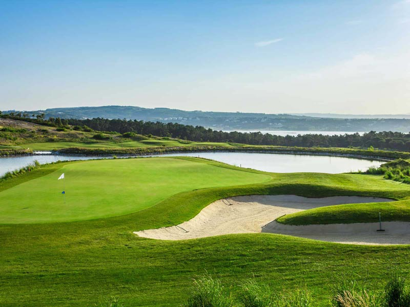 https://golftravelpeople.com/wp-content/uploads/2019/04/Royal-Obidos-Golf-Club-111.jpg