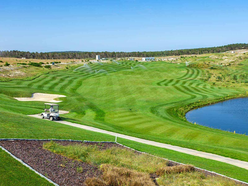 https://golftravelpeople.com/wp-content/uploads/2019/04/Royal-Obidos-Golf-Club-14.jpg