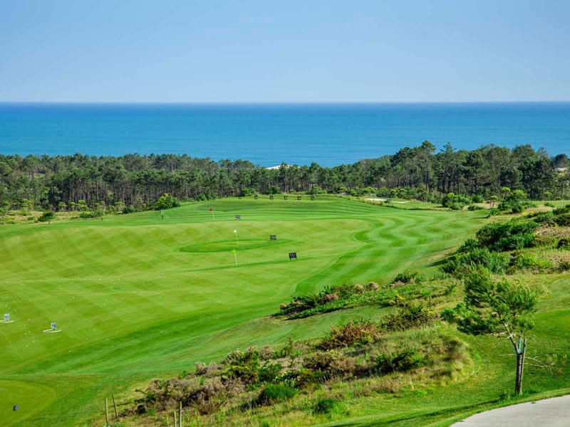 https://golftravelpeople.com/wp-content/uploads/2019/04/Royal-Obidos-Golf-Club-5.jpg