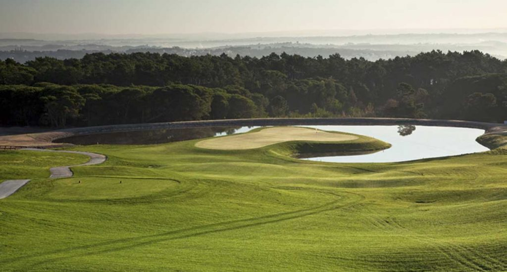 https://golftravelpeople.com/wp-content/uploads/2019/04/Royal-Obidos-Golf-Club-7-1024x551.jpg