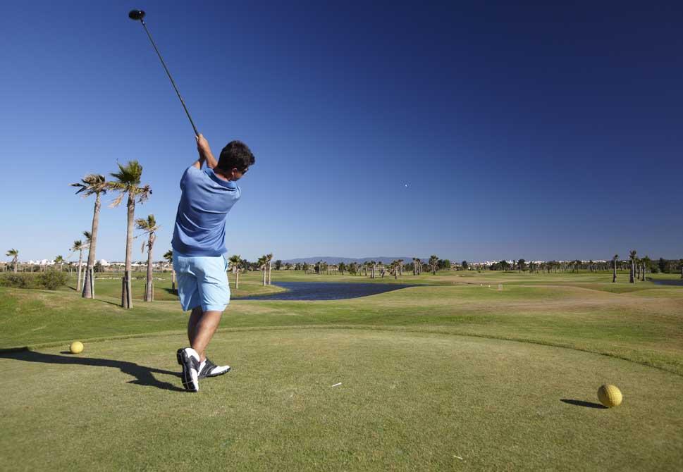 https://golftravelpeople.com/wp-content/uploads/2019/04/Salgados-Golf-Club-1.jpg