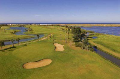 https://golftravelpeople.com/wp-content/uploads/2019/04/Salgados-Golf-Club-2-400x266.jpg