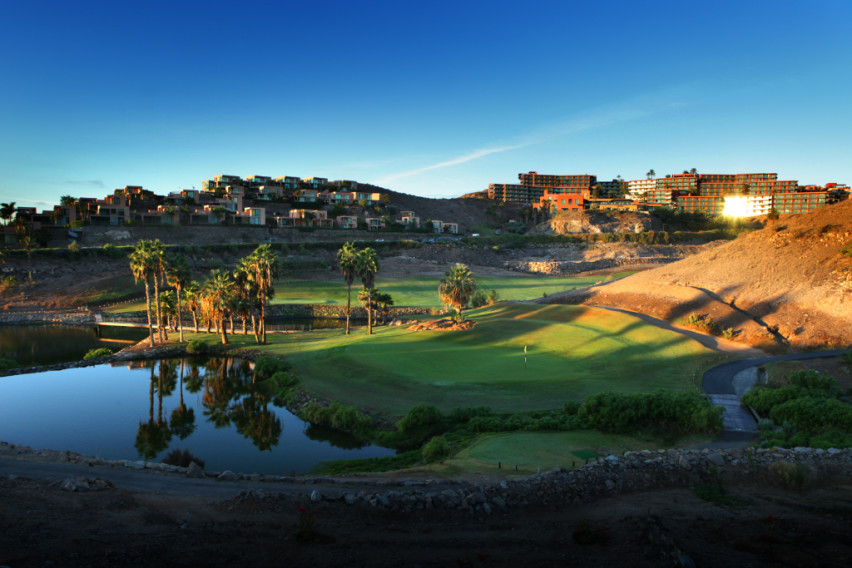 https://golftravelpeople.com/wp-content/uploads/2019/04/Salobre-Golf-South-Course-Gran-Canaria-2.jpg