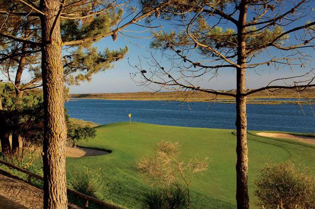 https://golftravelpeople.com/wp-content/uploads/2019/04/San-Lorenzo-Golf-Club-15.jpg