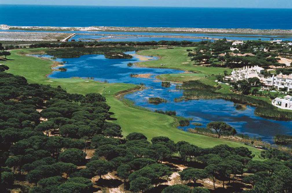 https://golftravelpeople.com/wp-content/uploads/2019/04/San-Lorenzo-Golf-Club-29.jpg
