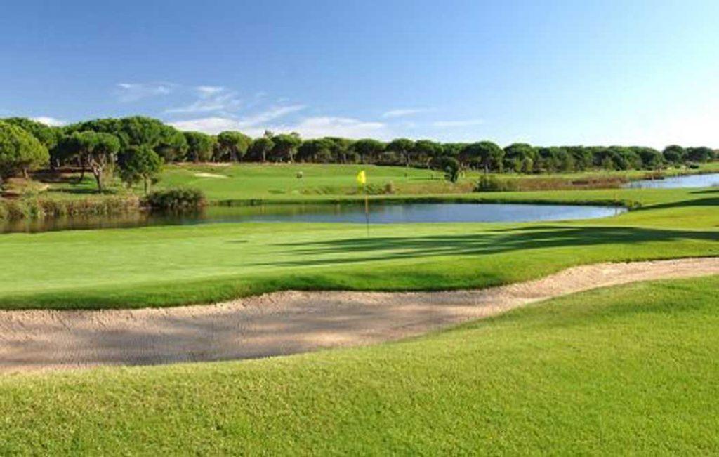 https://golftravelpeople.com/wp-content/uploads/2019/04/San-Lorenzo-Golf-Club-4-1024x651.jpg