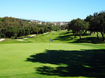 https://golftravelpeople.com/wp-content/uploads/2019/04/San-Roque-Club-5-400x300.jpg