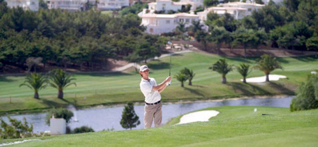 https://golftravelpeople.com/wp-content/uploads/2019/04/Santo-Antonio-Golf-Club-2-1024x475.jpg