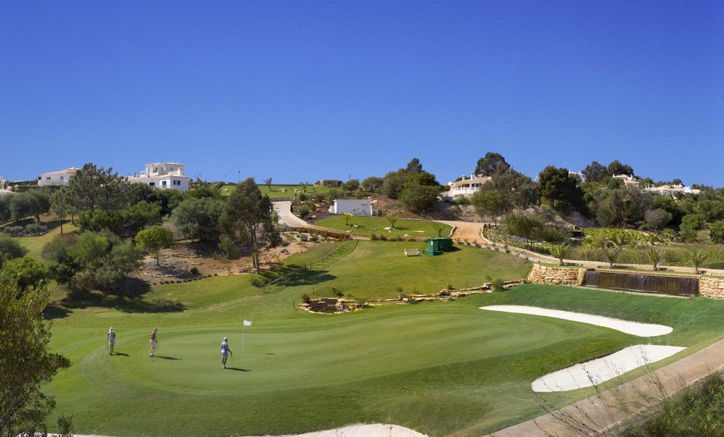 https://golftravelpeople.com/wp-content/uploads/2019/04/Santo-Antonio-Golf-Club-Algarve-Portugal-13-1024x618.jpg