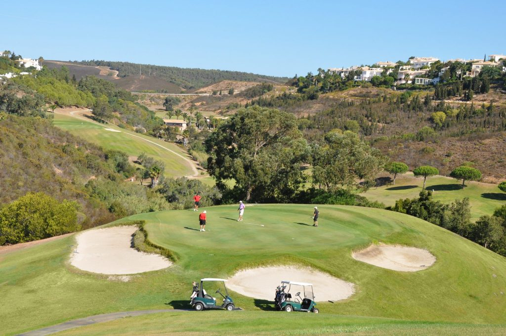 https://golftravelpeople.com/wp-content/uploads/2019/04/Santo-Antonio-Golf-Club-Algarve-Portugal-20-1024x680.jpg