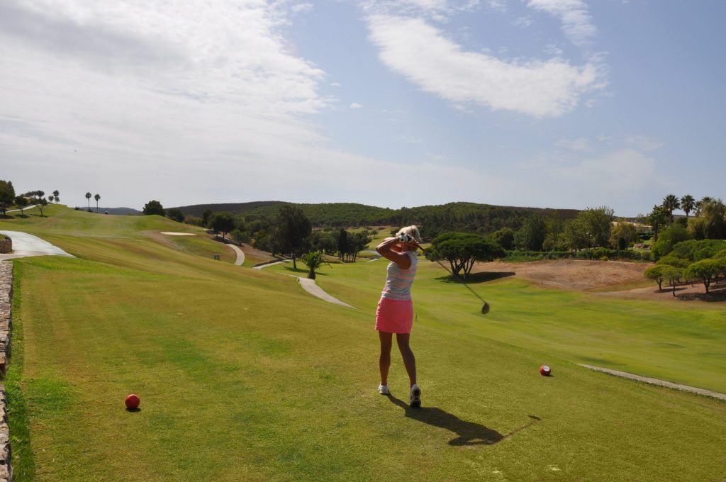 https://golftravelpeople.com/wp-content/uploads/2019/04/Santo-Antonio-Golf-Club-Algarve-Portugal-24-1024x680.jpg