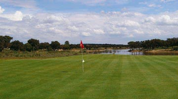 https://golftravelpeople.com/wp-content/uploads/2019/04/Santo-Estevao-Golf-Club-2.jpg