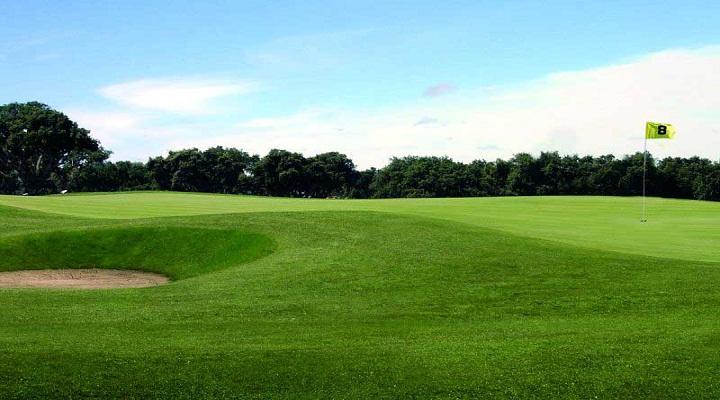 https://golftravelpeople.com/wp-content/uploads/2019/04/Santo-Estevao-Golf-Club-3.jpg