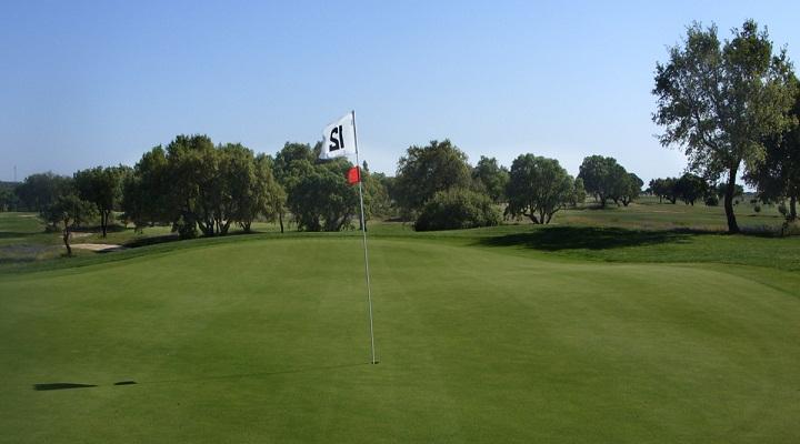 https://golftravelpeople.com/wp-content/uploads/2019/04/Santo-Estevao-Golf-Club-4.jpg