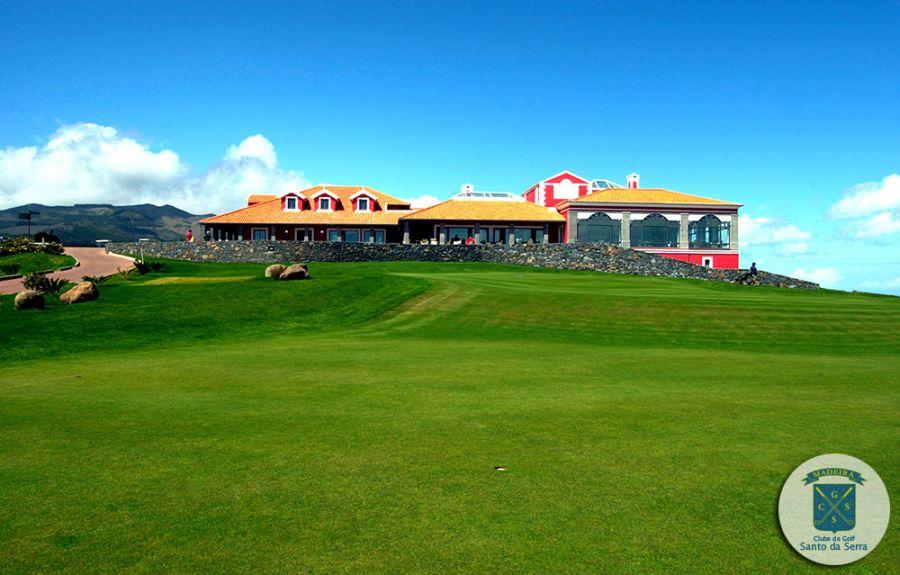 https://golftravelpeople.com/wp-content/uploads/2019/04/Santo-de-Serra-Golf-Club-Madeira-4.jpg