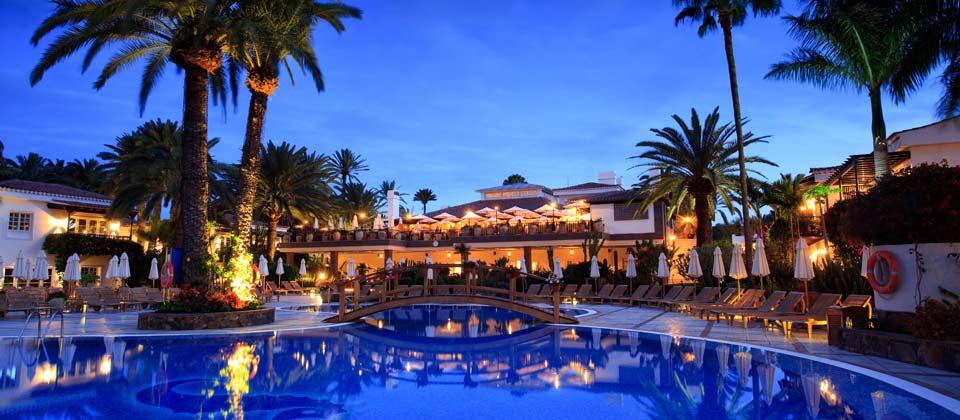 https://golftravelpeople.com/wp-content/uploads/2019/04/Seaside-Gran-Hotel-Residencia-5.jpg