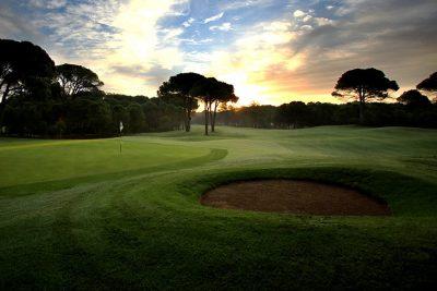 https://golftravelpeople.com/wp-content/uploads/2019/04/Sueno-Golf-Club-Belek-Golf-Academy-400x267.jpg
