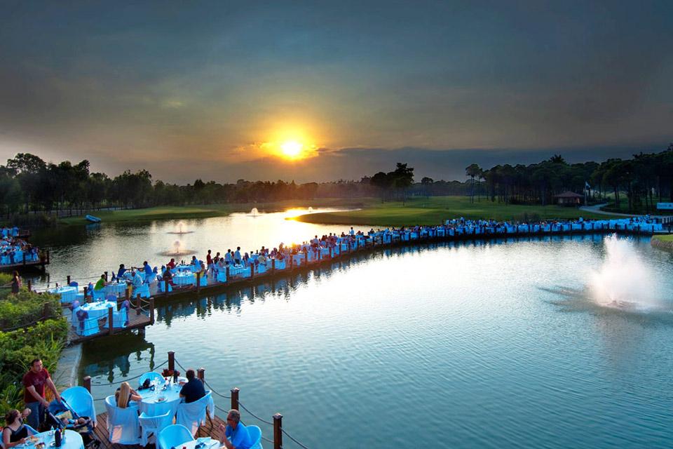 https://golftravelpeople.com/wp-content/uploads/2019/04/Sueno-Golf-Club-Belek-Restaurant-3.jpg