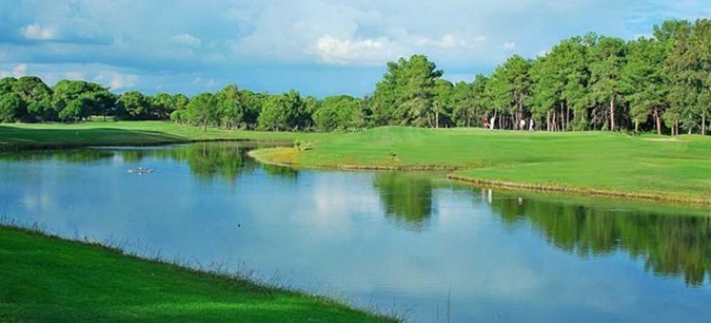 https://golftravelpeople.com/wp-content/uploads/2019/04/Tat-International-Golf-Club-5-1024x465.jpg