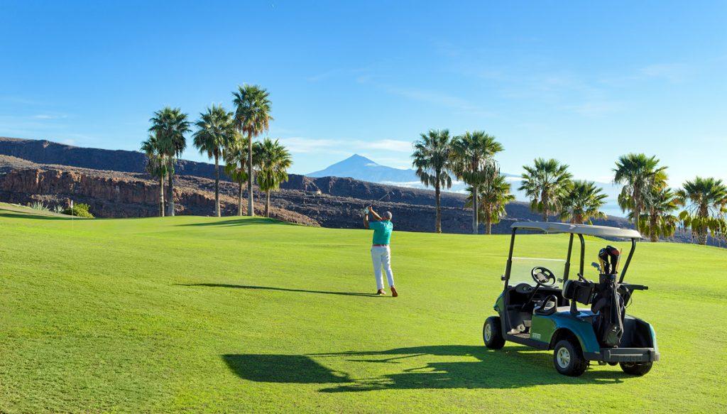 https://golftravelpeople.com/wp-content/uploads/2019/04/Tecina-Golf-Club-La-Gomera-2-1024x583.jpg
