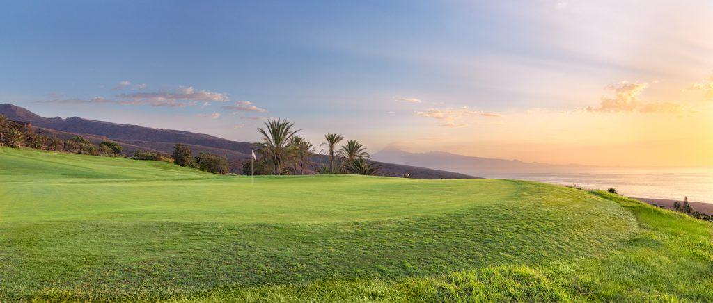https://golftravelpeople.com/wp-content/uploads/2019/04/Tecina-Golf-Club-La-Gomera-4-1024x436.jpg