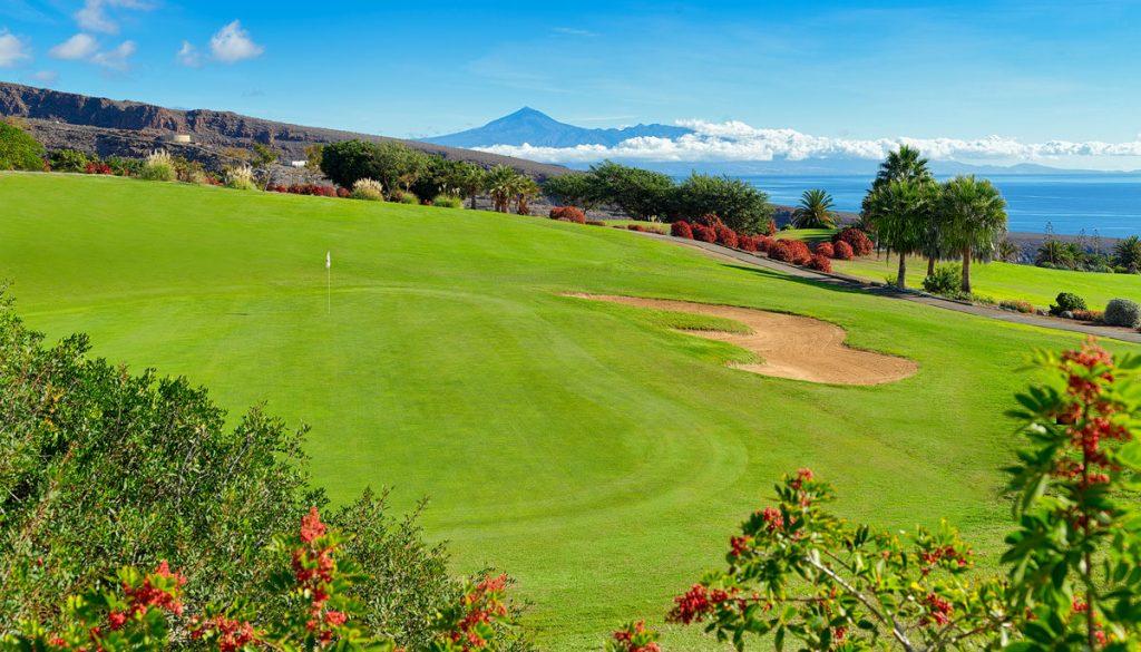 https://golftravelpeople.com/wp-content/uploads/2019/04/Tecina-Golf-Club-La-Gomera-5-1024x585.jpg