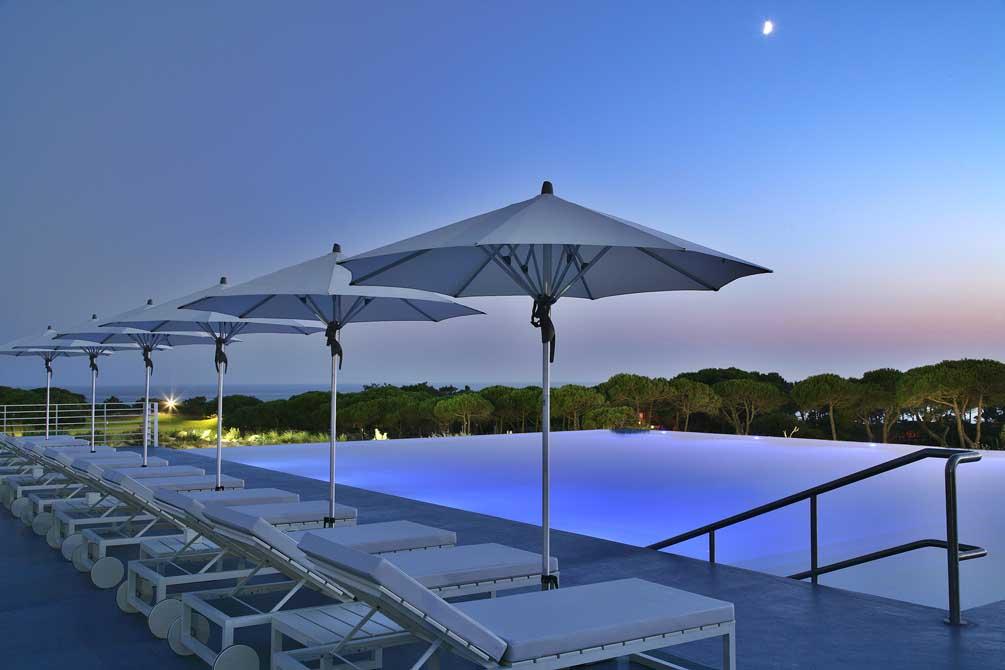https://golftravelpeople.com/wp-content/uploads/2019/04/The-Oitavos-Hotel-5.jpg