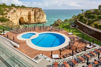 https://golftravelpeople.com/wp-content/uploads/2019/04/Tivoli-Carvoeiro-Hotel-Algarve-1-400x267.jpg
