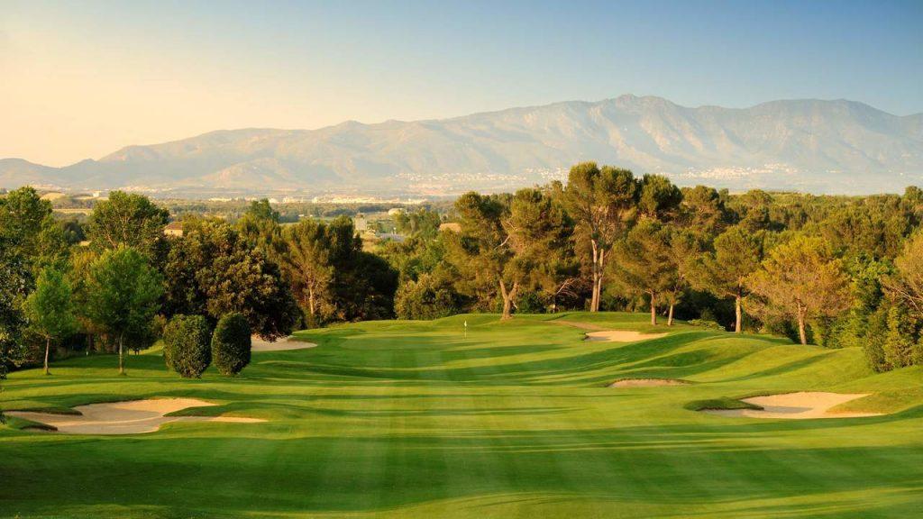 https://golftravelpeople.com/wp-content/uploads/2019/04/Torremirona-Golf-Club-Girona-Costa-Brava-1-1024x576.jpg