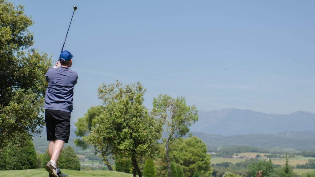 https://golftravelpeople.com/wp-content/uploads/2019/04/Torremirona-Golf-Club-Girona-Costa-Brava-6-1024x576.jpg