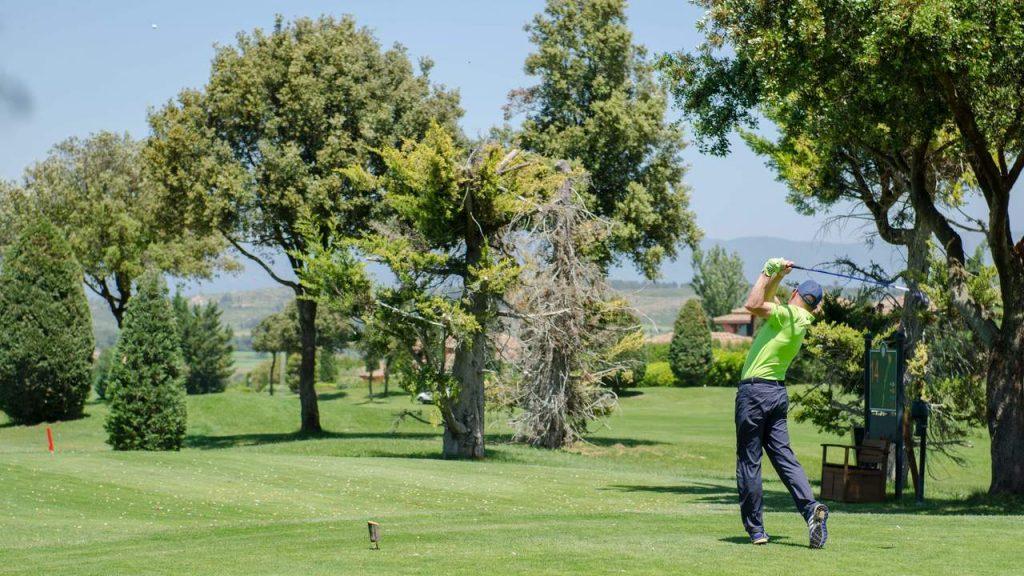 https://golftravelpeople.com/wp-content/uploads/2019/04/Torremirona-Golf-Club-Girona-Costa-Brava-7-1024x576.jpg
