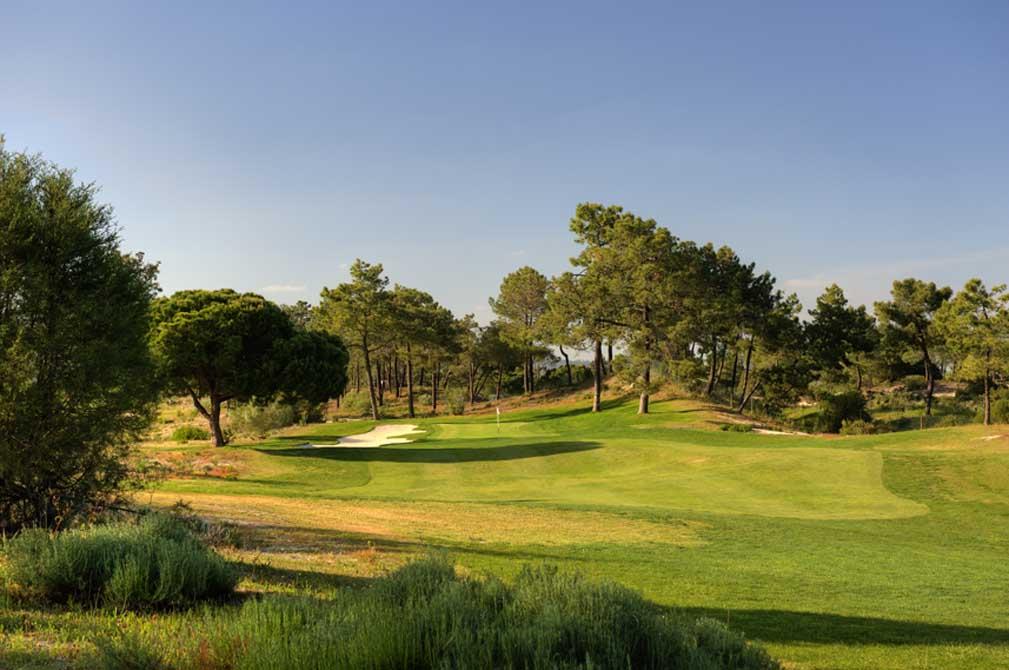 https://golftravelpeople.com/wp-content/uploads/2019/04/Troia-Golf-Club-20.jpg