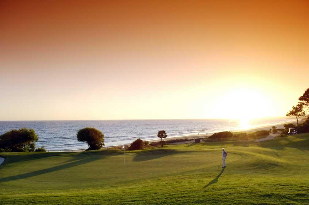 https://golftravelpeople.com/wp-content/uploads/2019/04/Vale-do-Lobo-Golf-Club-14.jpg
