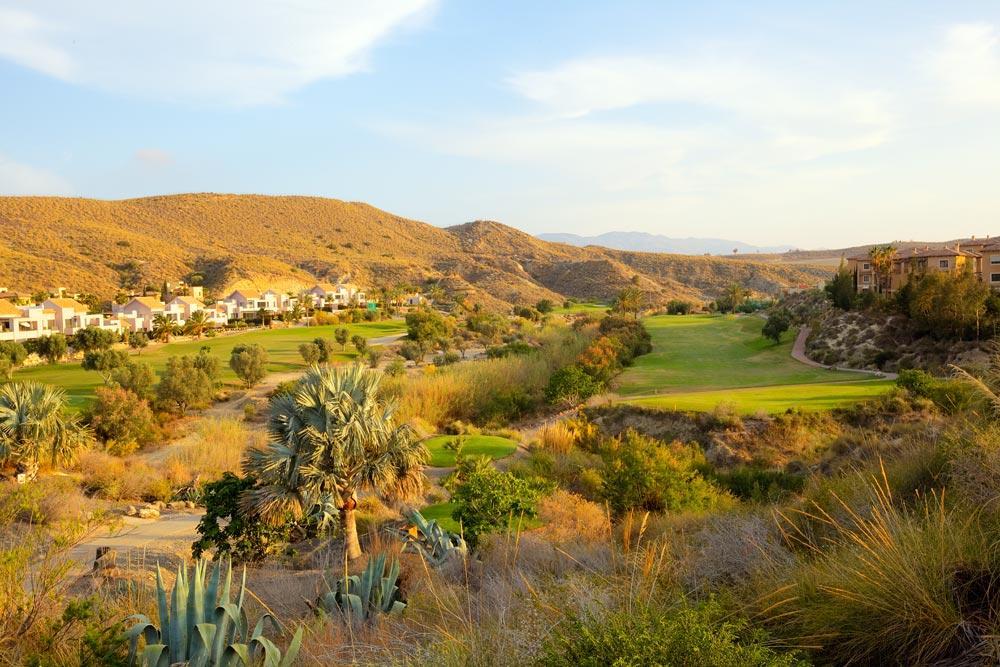 https://golftravelpeople.com/wp-content/uploads/2019/04/Valle-del-Este-Golf-Club-17.jpg