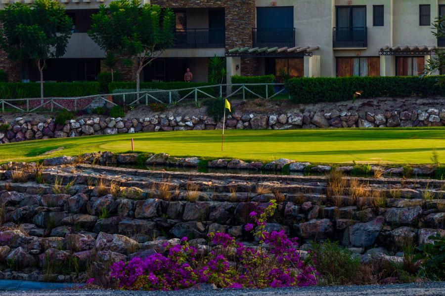 https://golftravelpeople.com/wp-content/uploads/2019/04/Valle-del-Este-Golf-Club-21.jpg