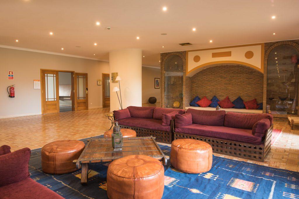https://golftravelpeople.com/wp-content/uploads/2019/04/Vila-Gale-Hotel-Tavira-1-Copy-1024x683.jpg